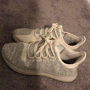 Kids sneakers size 5